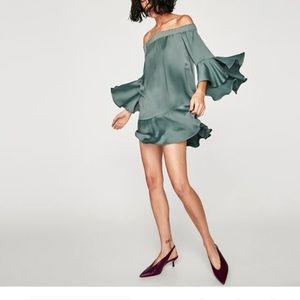 ZARA Green Flowing OTS Dress With Ruffle Sleeves